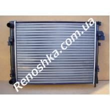 Радиатор основной ( 560 x 469 x 28 ) на машину с кондиционером!