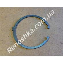 Стопорное кольцо левого привода КПП ( наружное, с зацепами )