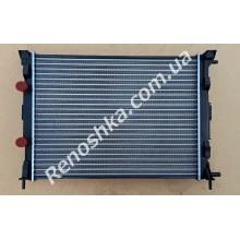 Радиатор основной ( 588 x 450 x 18 ) на машину с кондиционером!