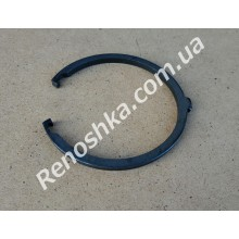 Стопорное кольцо левого привода КПП ( наружное, с зацепами ) толщина 4.2mm