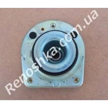 Опора амортизатора ( подушка стойки + опорный подшипник ) в комплекте с подшипником, справа!