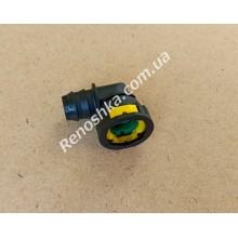 Штуцер патрубка картерных газов, быстросъем шланга вентиляции картера ( 17mm под патрубок / шланг, 17.5mm там где быстросъем ) угловой для RENAULT LOGAN 1.6 K7M 710 87 л.с.