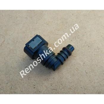 Штуцер топливного фильтра, шланга, переходник топливной трубки, быстросъемный ( угловой ) 11.8, быстросъем 12mm / 12mm под топливную трубку! для RENAULT LOGAN 1.6 K7M 710 87 л.с.